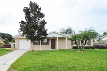 169 Florida Pkwy 3 Beds House for Rent Photo Gallery 1