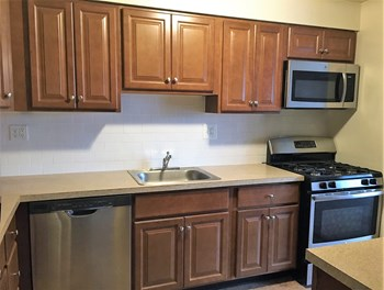 2275 Winchester Ave Studio-2 Beds Apartment for Rent Photo Gallery 1