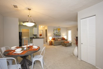 950 Executive Drive 1-3 Beds Apartment for Rent Photo Gallery 1
