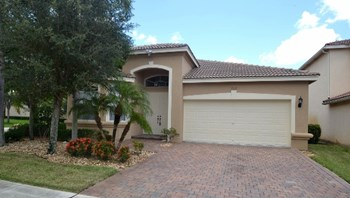 7312 Via Leonardo 4 Beds House for Rent Photo Gallery 1