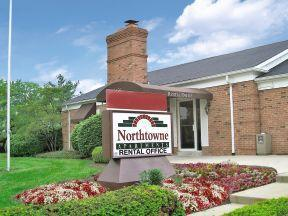 4621 Northtowne Blvd. 1 3 Beds Apartment For Rent Photo Gallery 1