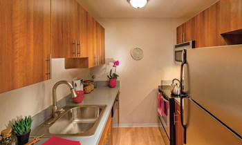 2005 Quail Ridge Dr Studio-2 Beds Apartment for Rent Photo Gallery 1