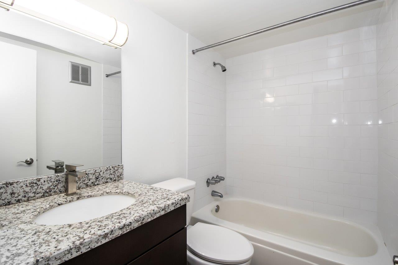 Zoom Gallery Legacy at South Miami property Image #11