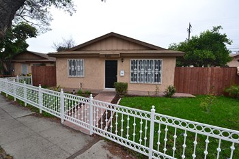 5561 Dairy Ave 3 Beds House for Rent Photo Gallery 1