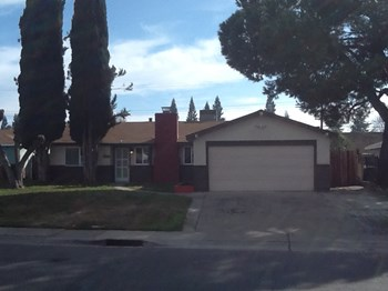 10546 Silverwood Wy 3 Beds House for Rent Photo Gallery 1