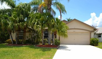 12841 Meadowbreeze Drive 3 Beds House for Rent Photo Gallery 1