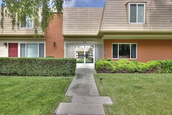 768 N Rengstorff Avenue 2-3 Beds Apartment for Rent Photo Gallery 1