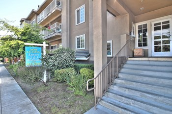 540 S El Camino Real 2-3 Beds Apartment for Rent Photo Gallery 1