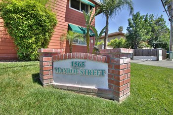 1565 Monroe Street 1-2 Beds Apartment for Rent Photo Gallery 1