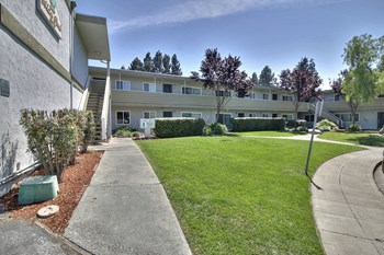 3670 Peacock Court 1-3 Beds Apartment for Rent Photo Gallery 1