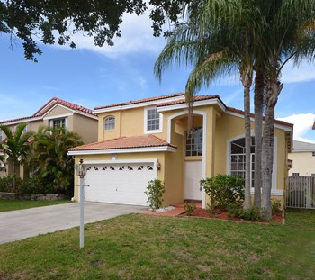 2527 Ambassador Avenue 3 Beds House for Rent Photo Gallery 1