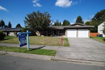 5801 37th St Se 3 Beds House for Rent Photo Gallery 1