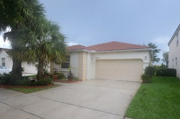 1544 Nw 158th Avenue 4 Beds House for Rent Photo Gallery 1