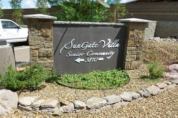 3870 N. Civic Drive 1-2 Beds Apartment for Rent Photo Gallery 1
