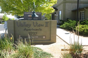 3883 N. Windsong Drive 2-3 Beds Apartment for Rent Photo Gallery 1