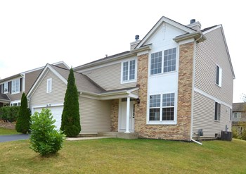 2671 Rosehall Ln 4 Beds House for Rent Photo Gallery 1