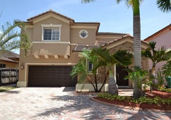 16349 Sw 50th Terrace 3 Beds House for Rent Photo Gallery 1