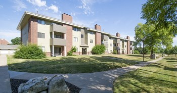 3861 Woodland Ave 1-2 Beds Apartment for Rent Photo Gallery 1