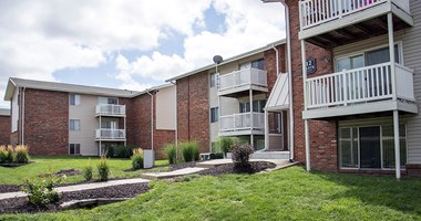 11402 Evans Street 1-2 Beds Apartment for Rent Photo Gallery 1