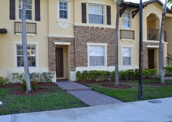 9237 Sw 227th Street Unit 6 2 Beds House for Rent Photo Gallery 1