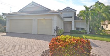 9343 Plantation Estates Drive 4 Beds House for Rent Photo Gallery 1