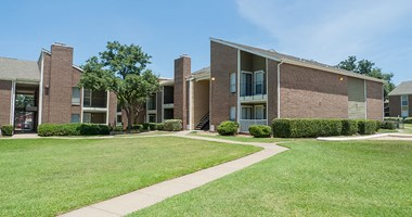 2934 Alouette 1-3 Beds Apartment for Rent Photo Gallery 1