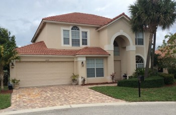 6479 Bay Island Court 4 Beds House for Rent Photo Gallery 1