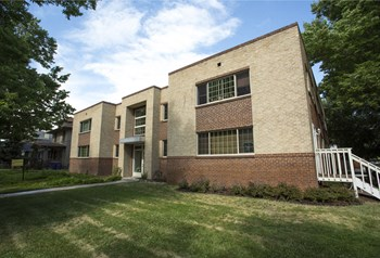 1200 St. Paul St 1-2 Beds Apartment for Rent Photo Gallery 1