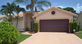 5167 Rosen Boulevard 2 Beds House for Rent Photo Gallery 1