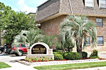 2221 Houma Blvd. 1-2 Beds Apartment for Rent Photo Gallery 1