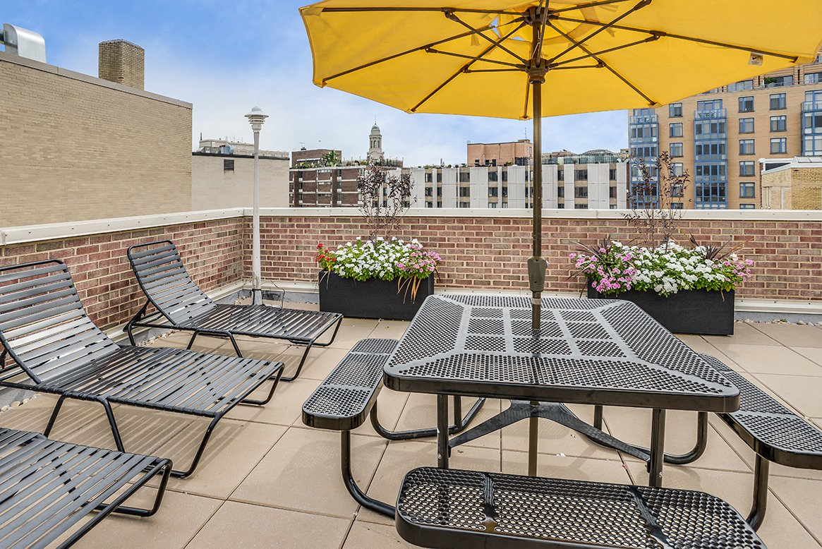 Palisades apartments rooftop lounge chairs Logan Circle, Washington DC