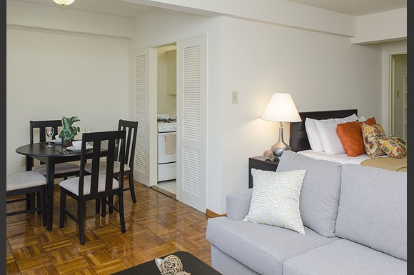 Potomac Park apartments studio in Foggy Bottom  Washington DC. Potomac Park Apartments  Washington  DC   from  1 665   RENTCaf