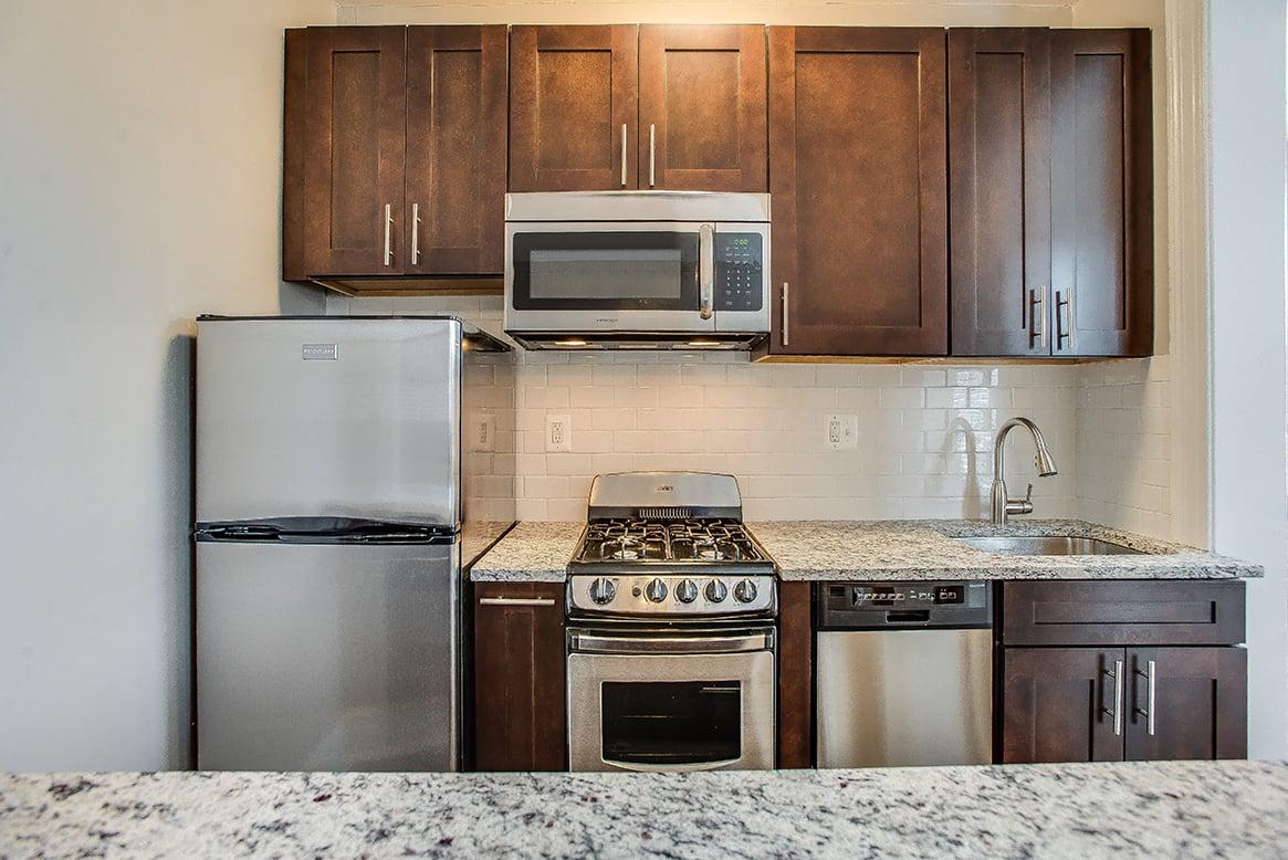 Belvedere one bedroom apartment renovated kitchen Logan Circle  Washington  DC. Belvedere   Logan Circle Apartments   Logan Circle NW DC apartments