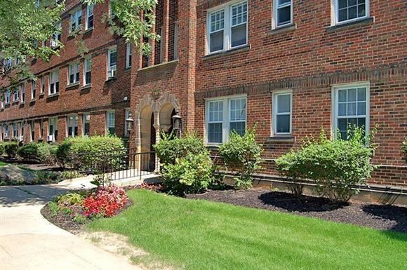 Lewis Manor Apartments Photo Gallery 7