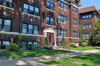 2741 Euclid Heights Blvd 1-2 Beds Apartment for Rent Photo Gallery 1