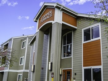 6550 South Dayton Street 1-3 Beds Apartment for Rent Photo Gallery 1