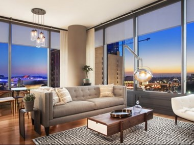 900 S. Figueroa St. Studio-3 Beds Apartment for Rent Photo Gallery 1
