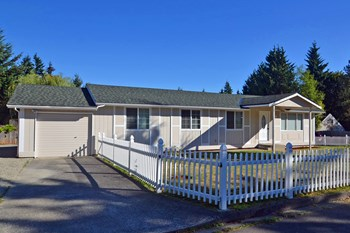 3716 Sw 335th St 3 Beds House for Rent Photo Gallery 1