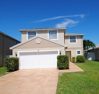 225 W Riverbend Drive 4 Beds House for Rent Photo Gallery 1