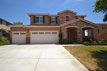 41042 Crimson Pillar Lane 4 Beds House for Rent Photo Gallery 1