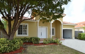 20810 Sw 86th Place 4 Beds House for Rent Photo Gallery 1