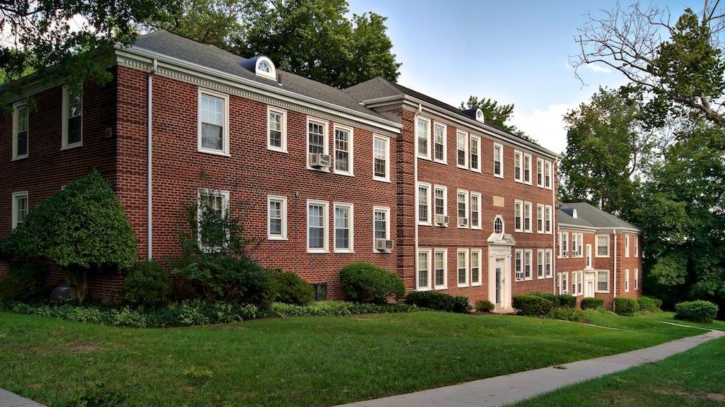 2725 30th Street SE 1 3 Beds Apartment For Rent Photo Gallery 1