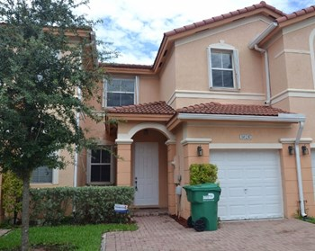 8624 Nw 112th Place 3 Beds House for Rent Photo Gallery 1