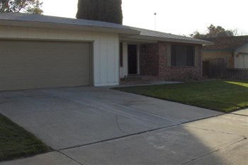 758 Sonora Ave 4 Beds House for Rent Photo Gallery 1