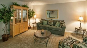 5920 Monroe Rd 1-3 Beds Apartment for Rent Photo Gallery 1