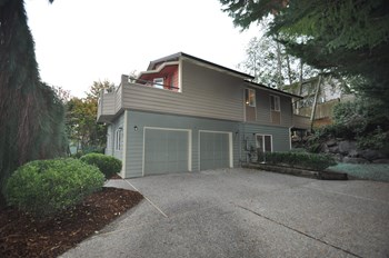 17530 33rd Pl W 3 Beds House for Rent Photo Gallery 1