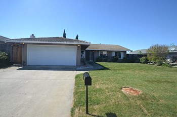 423 Marina Blvd 4 Beds House for Rent Photo Gallery 1
