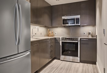 1525 9th Avenue Studio-3 Beds Apartment for Rent Photo Gallery 1