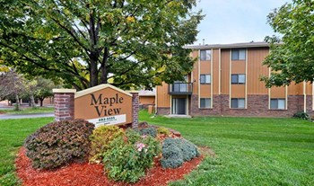 3625 North 104th Ave 1-2 Beds Apartment for Rent Photo Gallery 1
