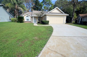 1689 Chandelier Cir E 3 Beds House for Rent Photo Gallery 1